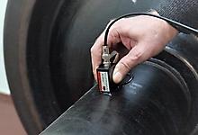 УЗ контроль средней части оси преобразователем волн Рэлея П121-1,25-90-К16х12-ЖД.